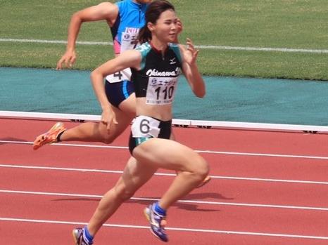 阿波根朱里さん(管理栄養学科3年)女子100mH優勝 沖縄県陸上競技選手権大会
